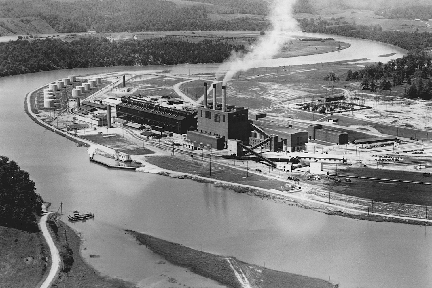K-25 Powerhouse with S-50 Plant in 1945